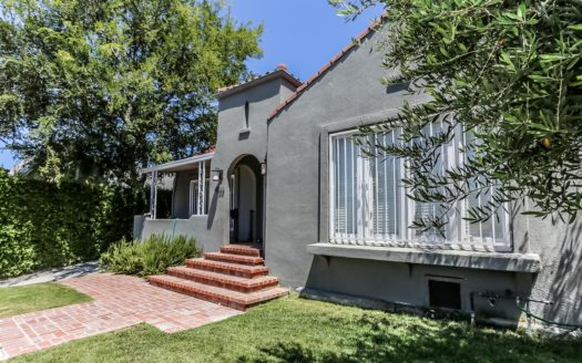 4521 W Maplewood Ave, Los Angeles, CA 90004